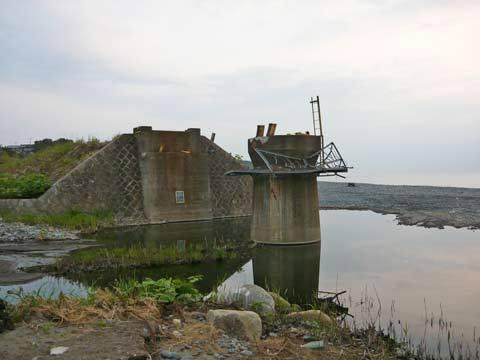 大浜の鉄橋