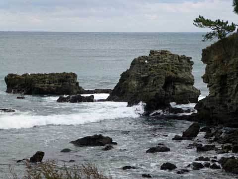 絶景の窓岩