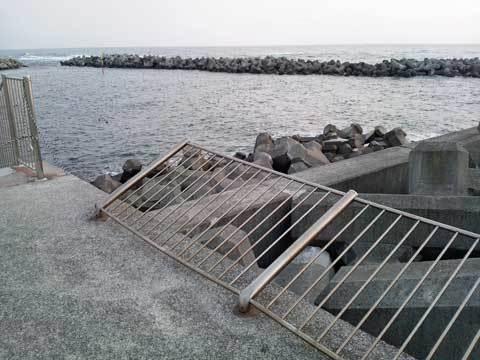 海浜公園の手すり