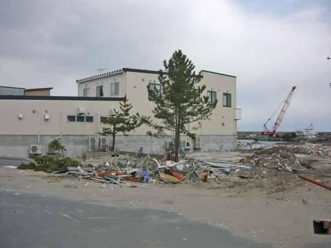 B&G海洋センターの残骸