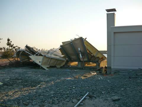 震災後の洋野町海浜公園管理棟