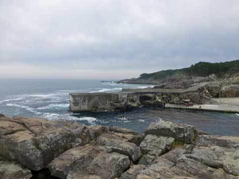 侍浜の漁港