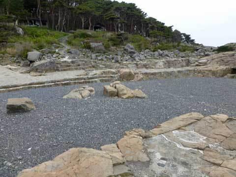 侍浜の海水プール