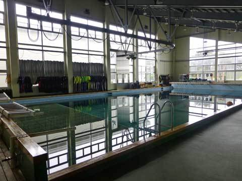 潜水用プール